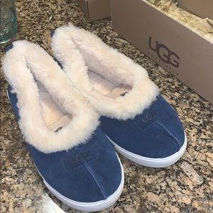 Ugg slipper shoes